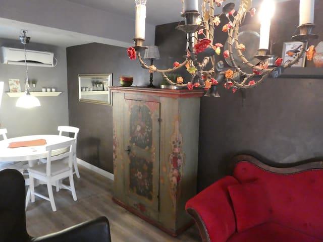 Liebevoll eingerichtetes Haus - für deinen Urlaub