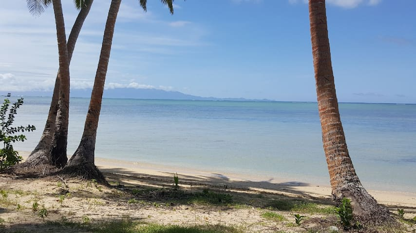 Hibiscus Bure -Peaceful Beachfront Retreat