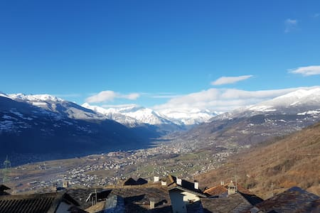Mountain house with a view - Aosta Valley - Lyxvåning