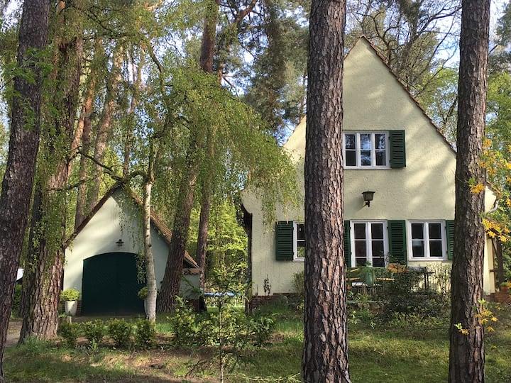 Zauberhaftes Waldhaus zwischen Berlin und Potsdam