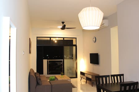 New 3R Oasis Condo Ipoh City Top Floor View 8 Pax