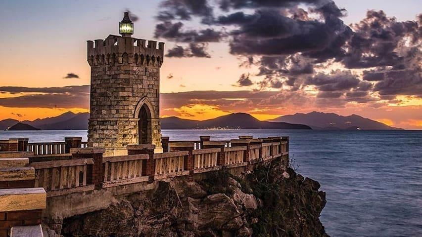 A due passi dal centro storico e dal mare.........