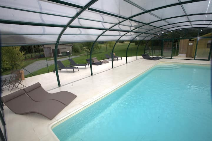 Pomme Gite - Family Friendly with heated pool
