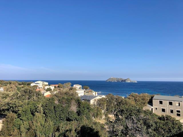 Appartement Barcaggio entre mer et montagne