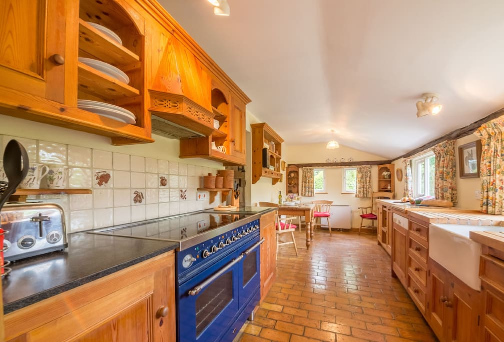 Large oven and work space for preparing home cooked meals