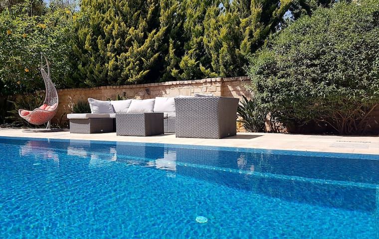 Beautiful perfectly located villa - Caesarea - Vakantiewoning