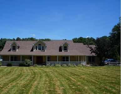 Private Luxurious Getaway on the Estate - Greencastle - Hus