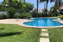 Habitación privada en Ixtapa- 2 camas individuales