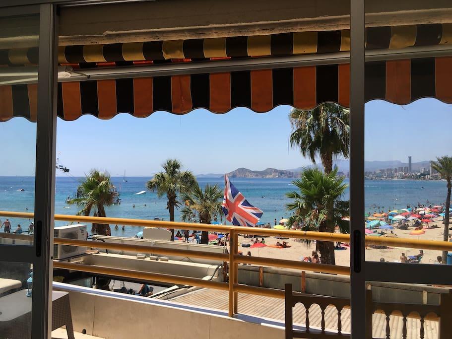 La vista de la terraza al mar