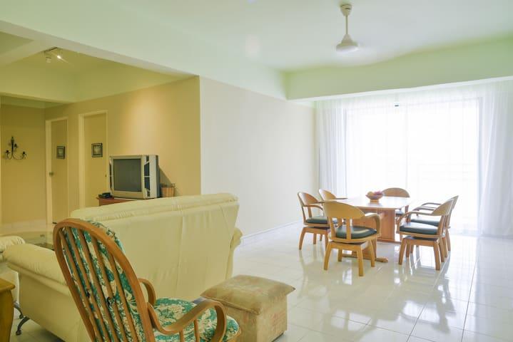 Casa Lago Sea-View Residence - Melaka - Lägenhet