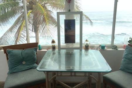 Oceanfront two bedroom apartment - Dorado
