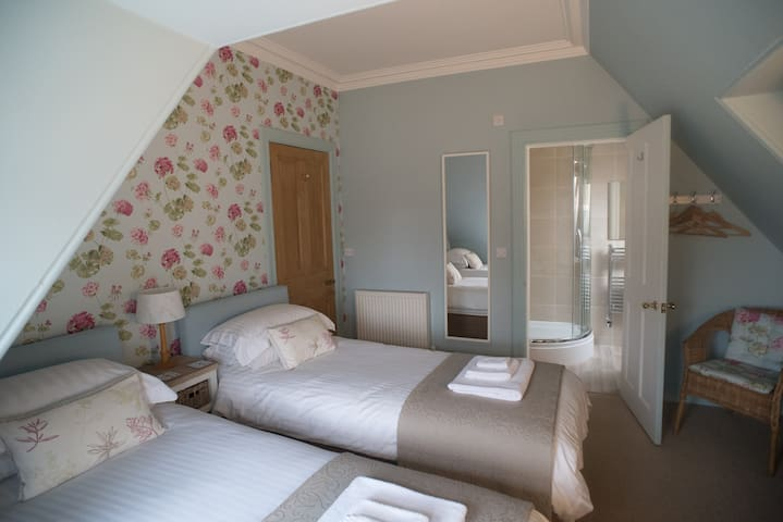 Twin Ensuite room on the first floor