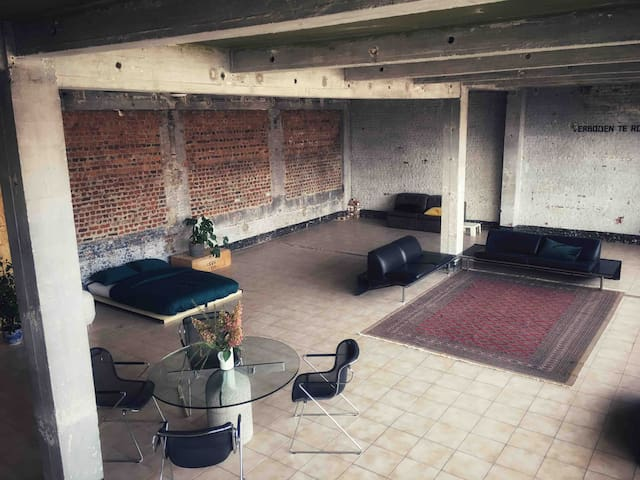 Loft in old factory (nice for yoga and meditation)
