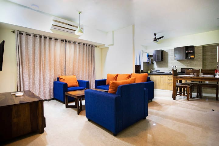 Two bedroom apartment with balcony near Upper Juhu