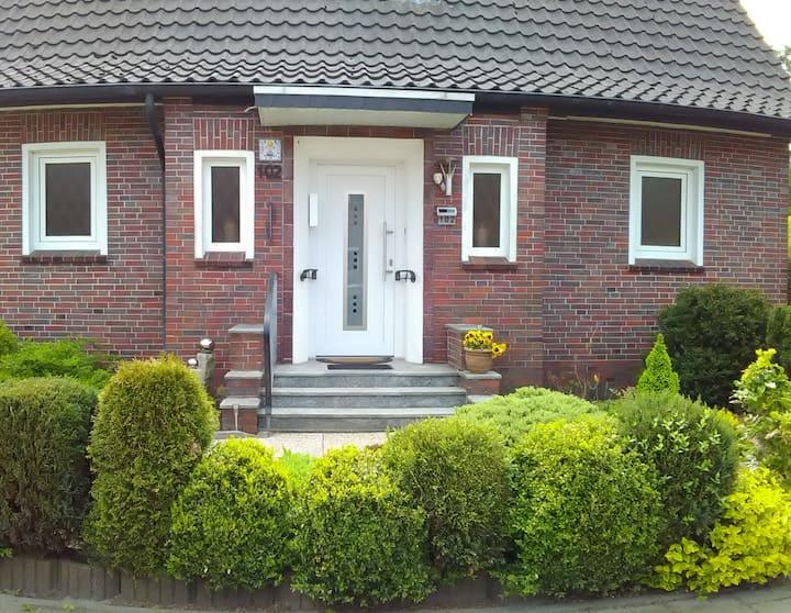 Haus mit großem Garten Leer Ostfriesland
