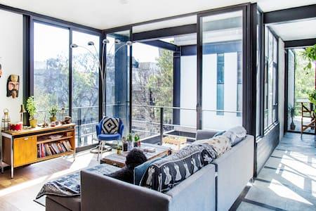 Eclectic penthouse and roof deck - Ciudad de México