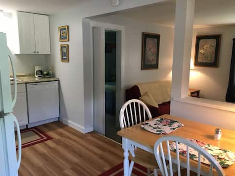 Apartment Wilton Saratoga Skidmore SPAC Lake Georg