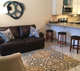 HIGH RD 1 BEDROOM 1 BATH CONVENIENT LOCATION - Tallahassee - Αρχοντικό