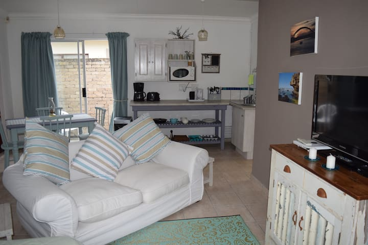 Driftwood Cottage - Port Alfred