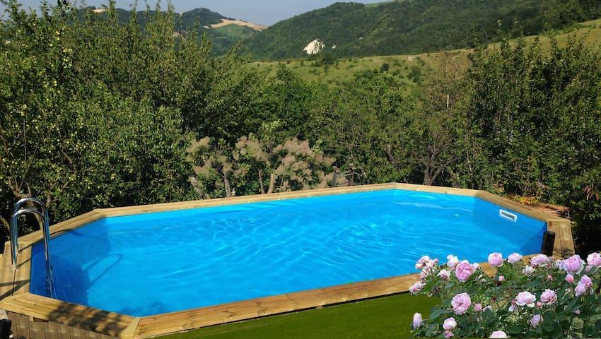 Incantevole casa in collina Oltrepò - Godiasco - Hus