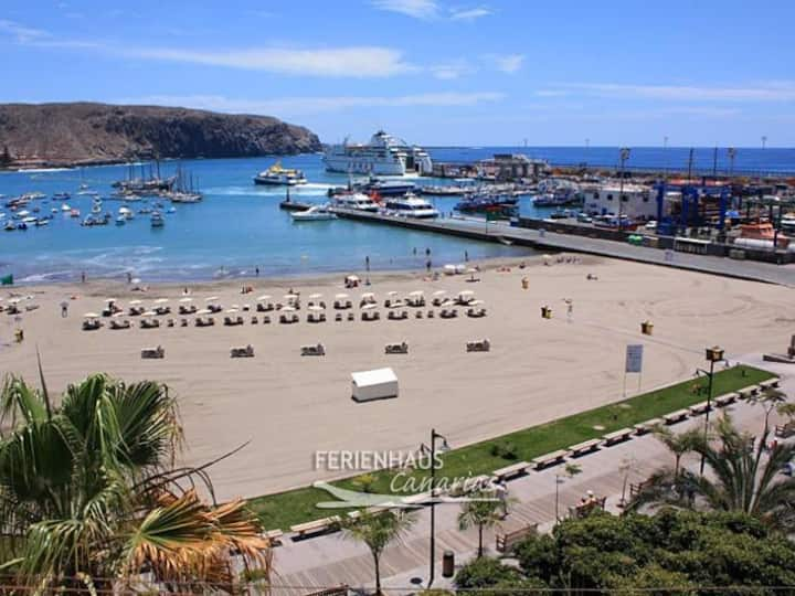 Los Cristianos 2 bedrooms, near to the beach. WiFi
