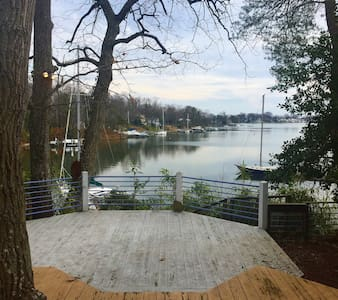 Peaceful Waterfront home 3.6 miles from Downtown - Annapolis - Huis