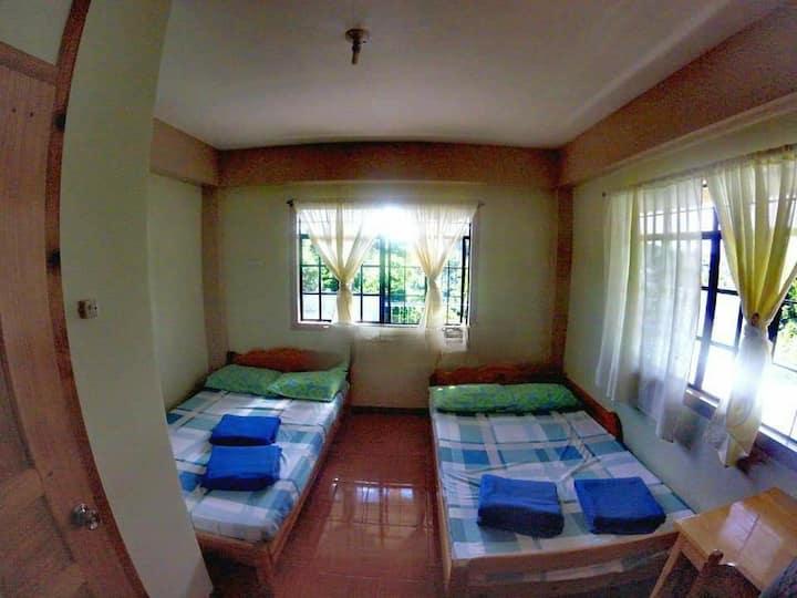 Quardruple room for Family and Barkada