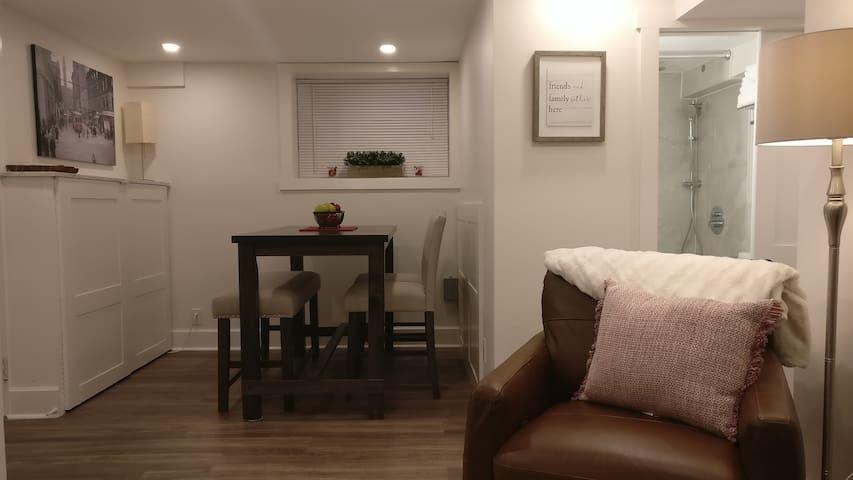 Luso Charm - Delightful Suite in Toronto