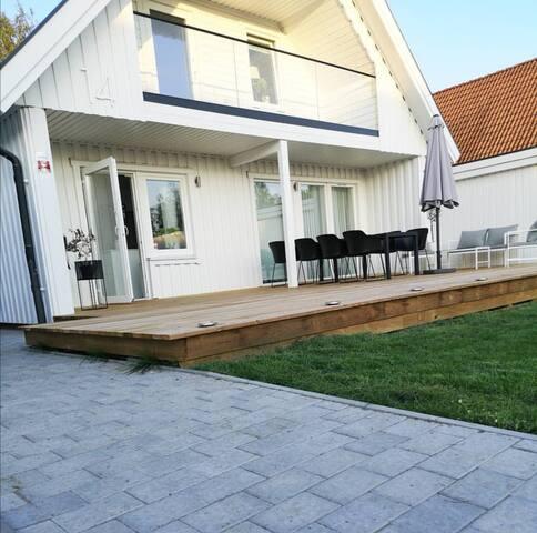 Hyr Villa nära Astrid Lindgrens Värld