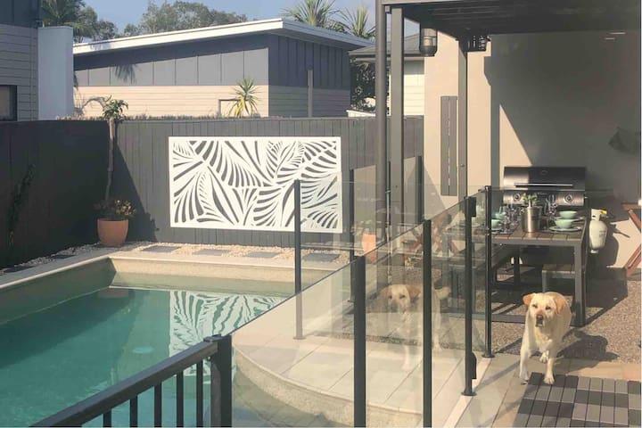 Pristine beaches, private pool and pet friendly