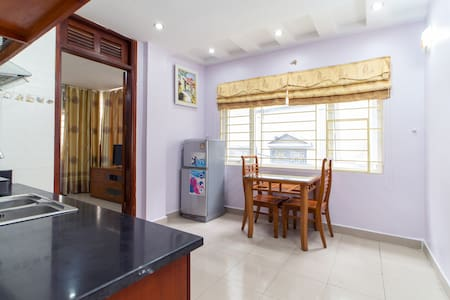 COZY APARTMENT in Hoang Cau - Home away from home