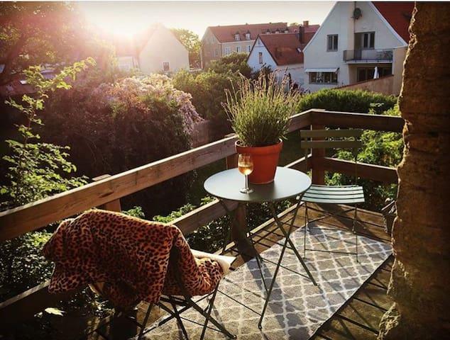 Mysig lägenhet intill Visby ringmur
