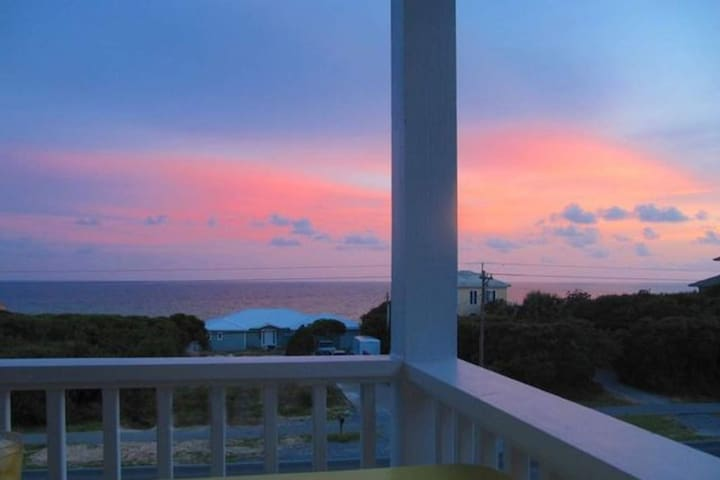 2x King Suites! Seacrest Beach - Beautiful Gulf Views - WiFi- Community Pool - Close to Activities!