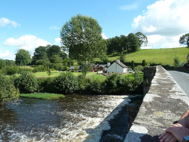 Affordable luxurious rural accommodation - Ballyhaise - Casa