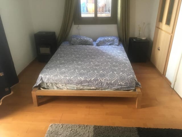 GREAT DOUBLE BEDROOM IN CENTRAL BARCELONA
