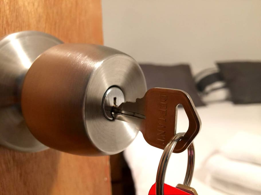 Private room lock
