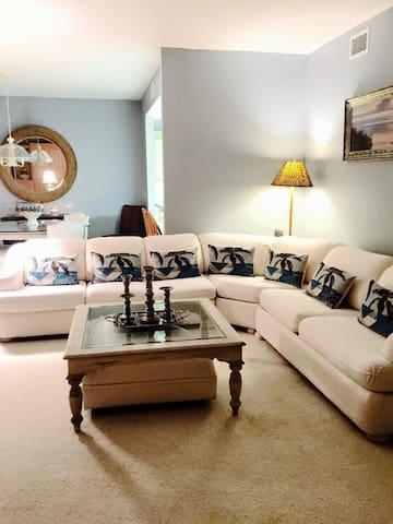 Naples Condo in Private CC 770 - Naples - Appartement en résidence