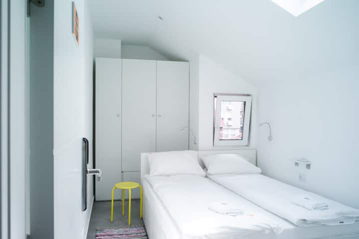 Double room in design hostel in Old City