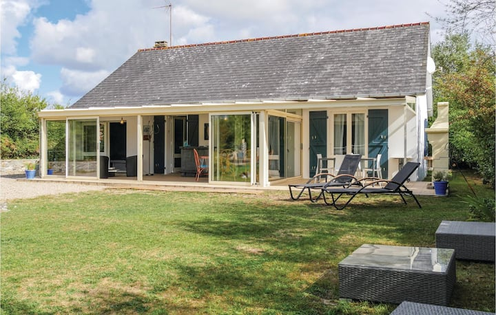 Beautiful home in St Jean de la Riviere with WiFi and 3 Bedrooms