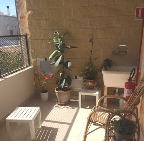 House - 23 km from the beach - Grottaglie - Huis