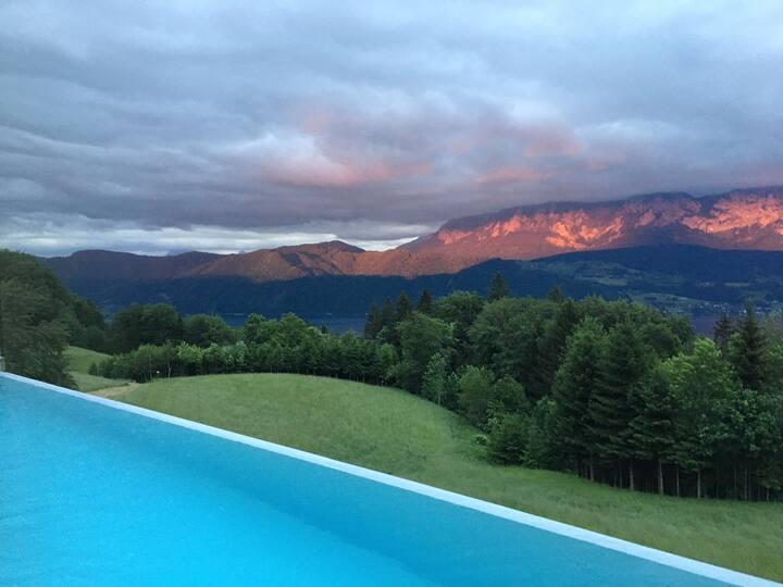 Mastersuite i Villa mit Traumblick und Sauna