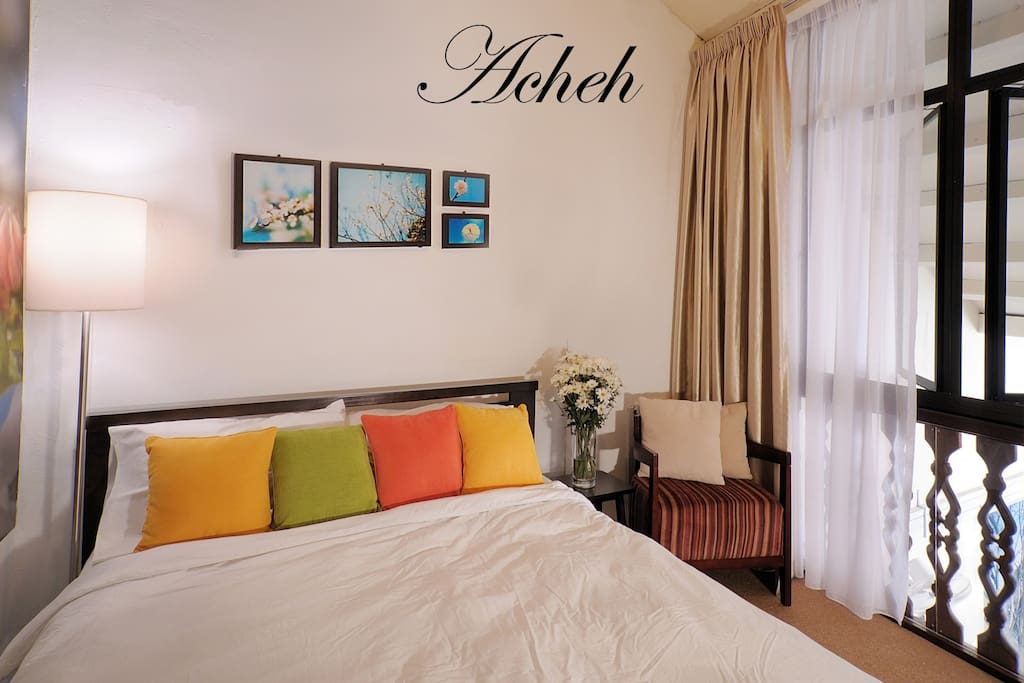 Acheh Room (1 double bed for 2 pax)