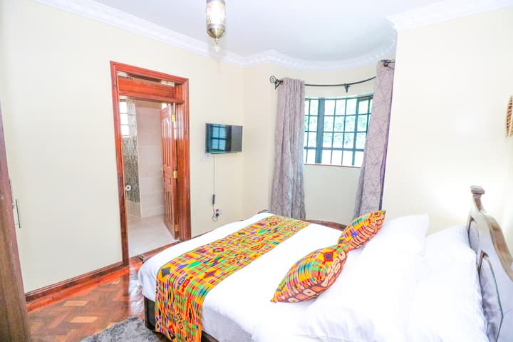Runda Nairobi, 5* Hotel Quality Private Bedroom  .
