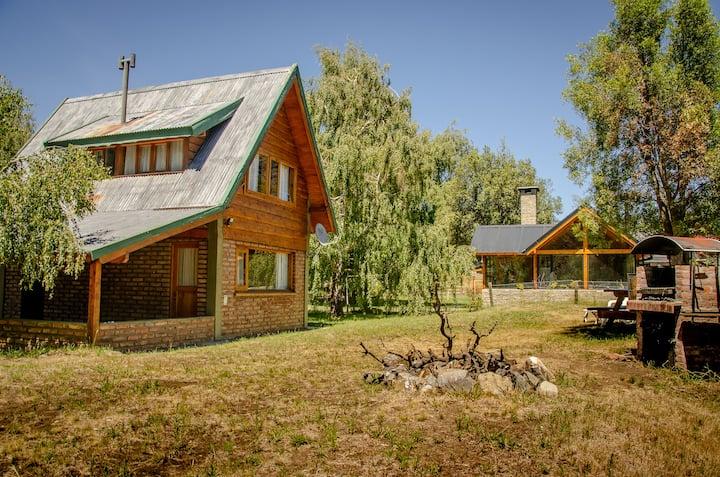 Cabaña en Lolog sobre el Río Quilquihue.