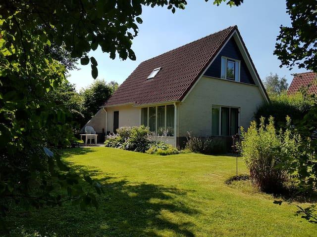 Luxury villa groesbeek +sauna +garden+close2centre