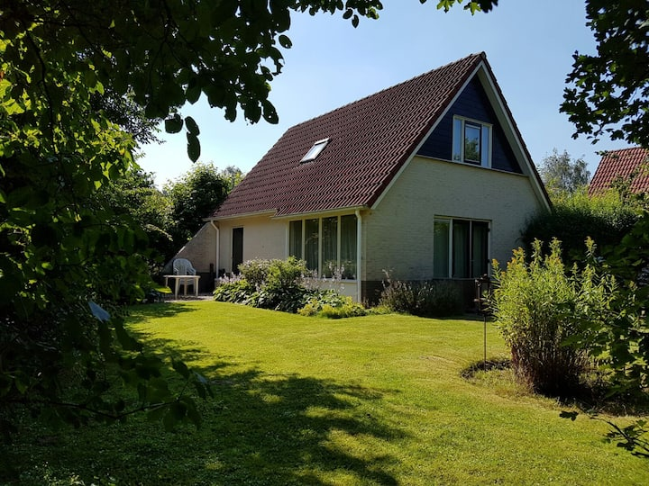 Luxury villa groesbeek +sauna +garden+close2centre