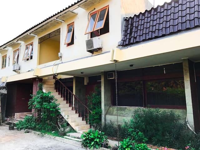 Guest House Kos-DurenTiga Pancoran Buncit Mampang