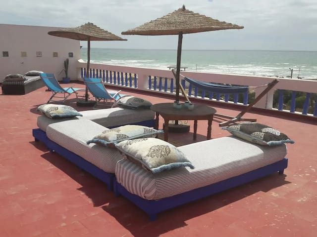 Bright room with blacony- Stunning seaview