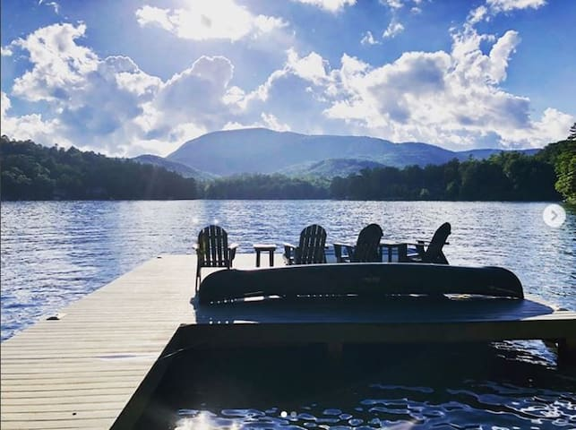 Lake Toxaway - Lake Front Home