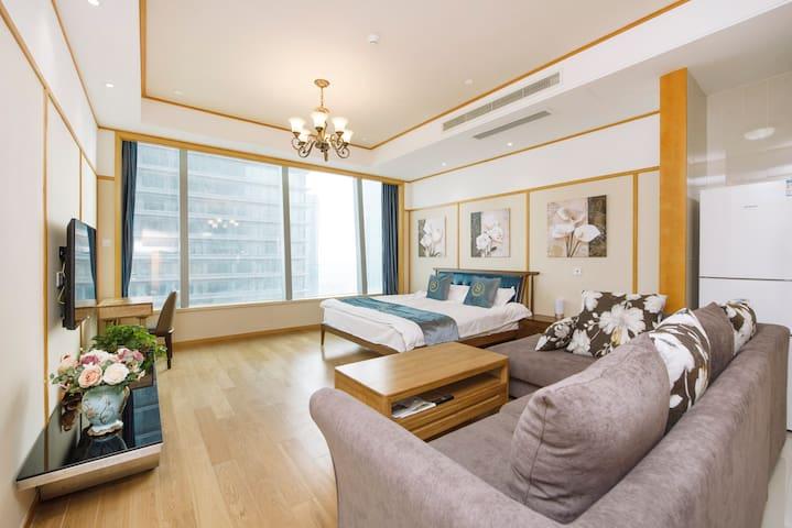 东方S酒店式公寓(2室湖景)